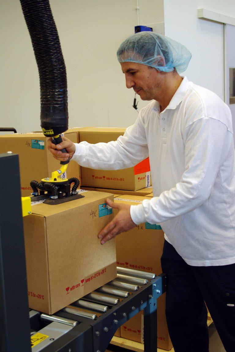 Snelle vacuümheffer met speciale zuigvoet voor dozen