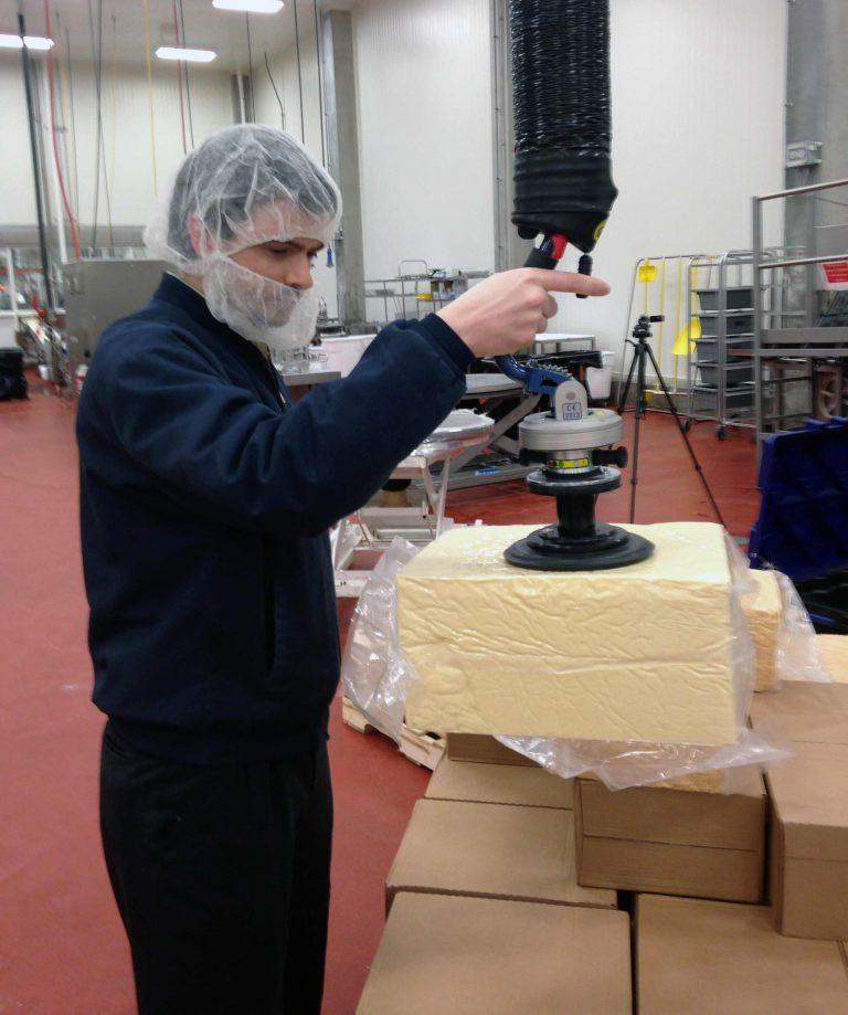 Snelle vacuumheffer voor kaasblokken
