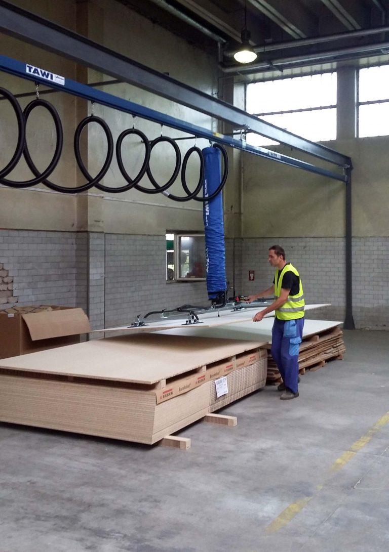 Monorail met vacuüm hefsysteem voor houtindustrie